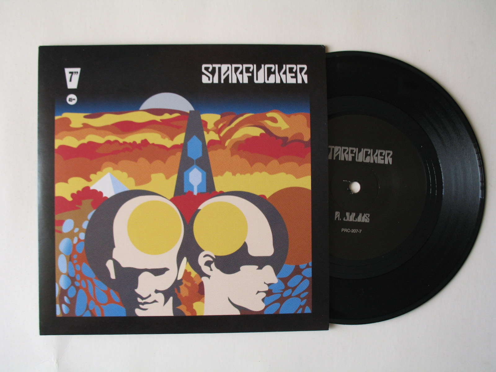 Starfucker debut on Polyvinyl with amazing 7-inch