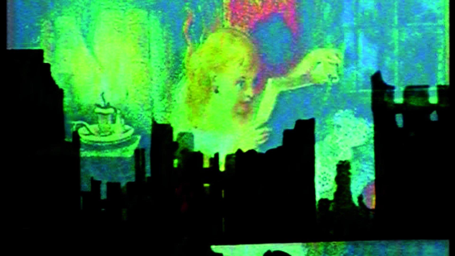 http://indieethos.files.wordpress.com/2011/06/film-socialisme-still-3-image-courtesy-of-wild-bunch.jpeg