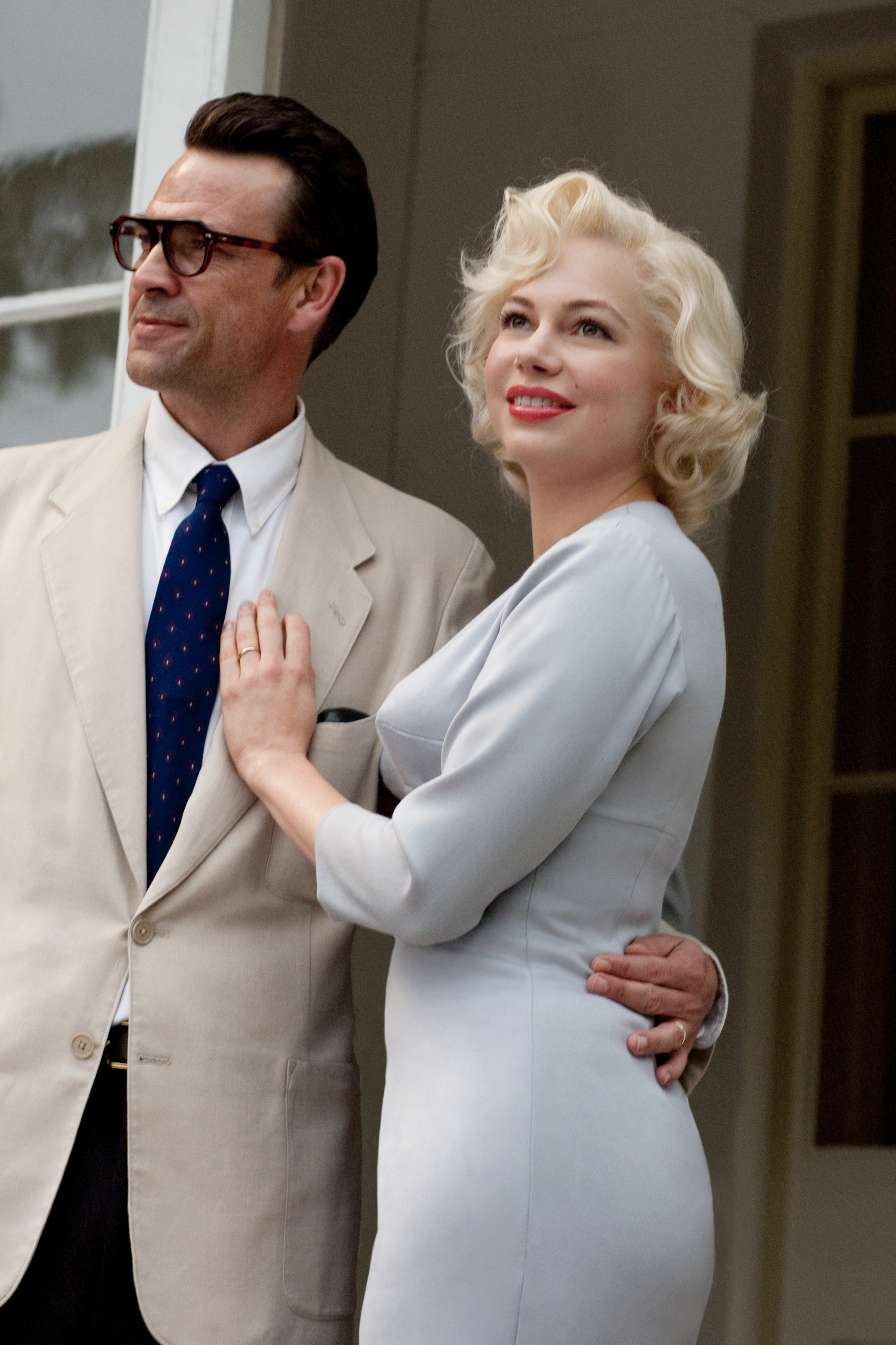 Michelle Williams charms in  My Week With Marilyn  - Independent Ethos 06c7414e2